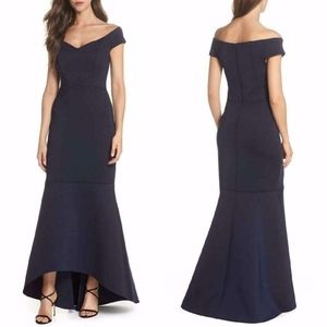 ELIZA J NAVY Off The shoulder SCUBA TRUMPET GOWN 4